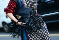 fringe leather bag @ iconico.nl
