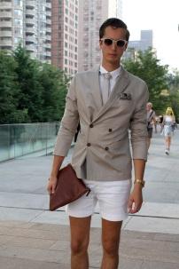 shorts suit + brown leather clutch @ newnownext.com