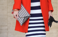 houndstooth envelope clutch bag @ verilymag.com
